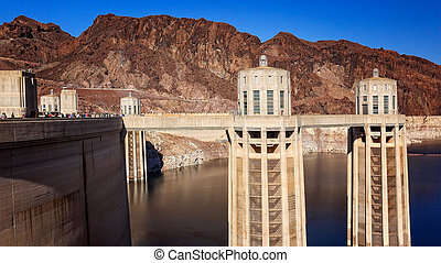 Hoover Dam Towers - Hoover Dam towers in Lake Mead reservoir