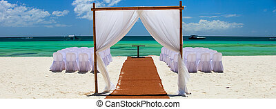 Wedding reception - Preparation for wedding reception in...