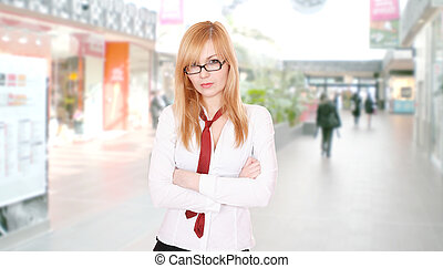 Business woman at the shopping mall
