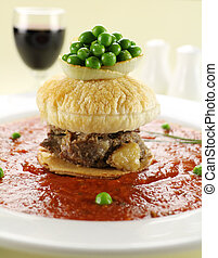Short Beef Pie Floater
