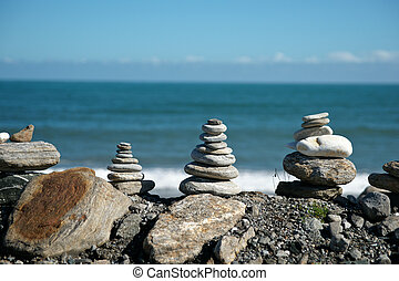 Stone stacks on foreshore. - Stone stacks on West Coast New...