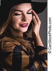 Looking like million dollars... - Elegance woman in brown...