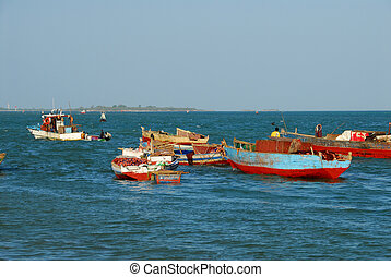 Fishermen in the port of Dar es Salaam