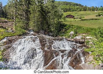 Mounatin stream in South Tyrol - Mounatin stream in Valle...