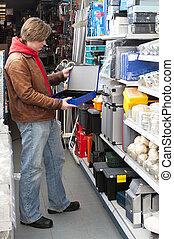 Buying a safe deposit box - Customer buying a safe deposit...