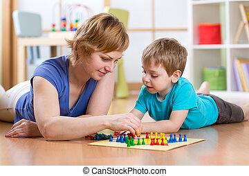 familia, piso, juego, tabla, hogar, juego