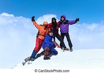 Montaña, excursionistas, grupo