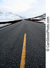 norwegian mountain road yellow line