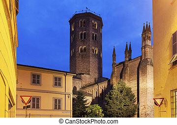 Basilica di SantAntonino in Piacenza - Basilica di...
