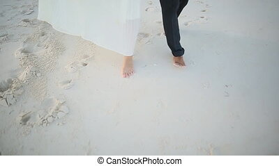 Love Couple Walk On A Wet Evening Beach 3