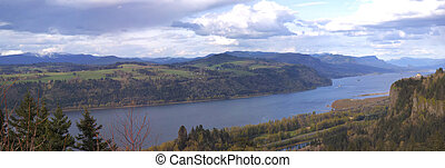 Columbia river gorge Oregon. - The Columbia River Gorge seen...