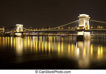 Budapest at night, Danube, Bridge, Hungary - Budapest,...