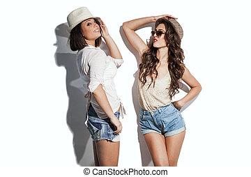 hilarious summer fashion women