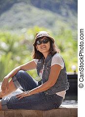 Retrato, de, Asiático, 40s, anos, mulher, Desgastar,...