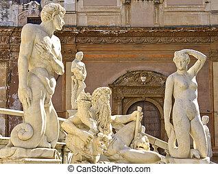 Piazza Pretoria, Palermo, Italy - Pretoria Fountain in...