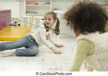 multirassisch, Spielzimmer, spielende, Kinder