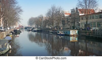 Scenic Canal In Central Amsterdam - Beautiful canal with...