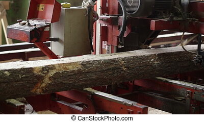 machine logs lumber