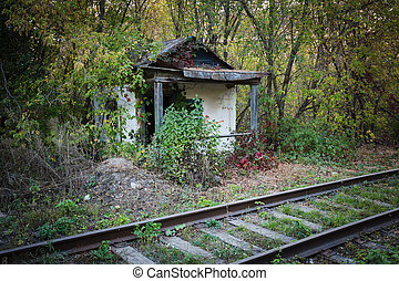 Abandoned shack stationmaster - Old abandoned shack...