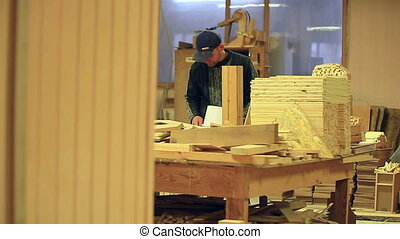 Workshop production of carpenter work video