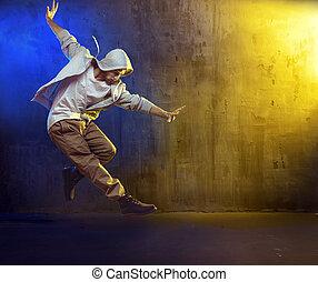 atlético, tipo, bailando, Un, cadera, salto,