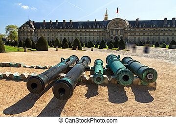 Cannons at Invalides - Ancient bronze cannon barrels taken...
