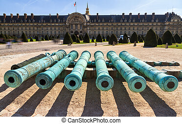 Invalides cannons - Ancient bronze cannon barrels taken from...