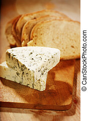 danish blue cheese and slices of bread