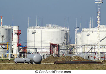Storage tanks for petroleum products
