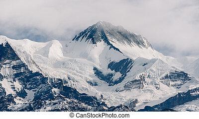 Peak in Nepal, Annapurna range