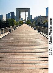 Boardwalk Defense - Beautiful wooden boardwalk at La Defense...