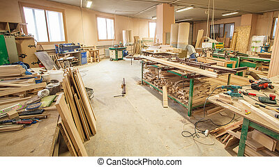 Workshop production of wooden doors - Workshop production of...