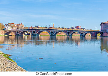 Stone Bridge across Garonne, Toulouse - Pont (Bridge) Neuf...