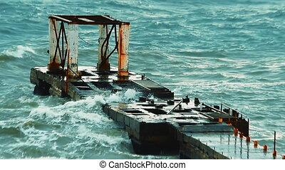 Old breakwater during a heavy storm - Video 1920x1080 - Old...