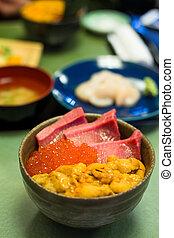 Tuna, roe and urchin don