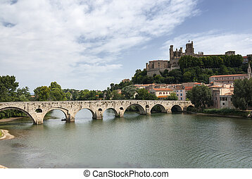 Beziers (Languedoc-Roussillon, France) - Beziers (Herault,...