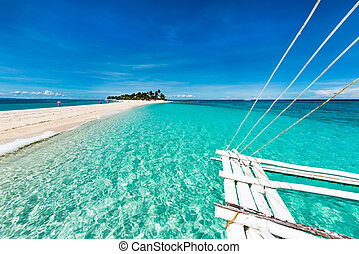 Tropical beach Kalanggaman island - Kalanggaman island is a...