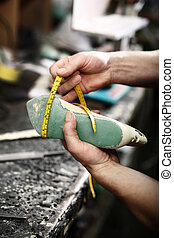 Forming shoes - shoemaker, hand made leather shoes
