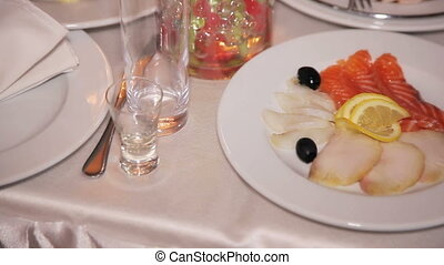 salmon recipes, Fish cutting in a plate