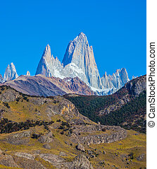Amazing tops of Mountains Fitzroy - Tremendous Patagonia in...
