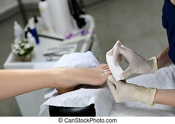 Buff polishing nails