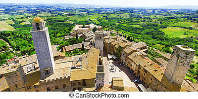 San Gimigniano, medieval town of Tuscany, Italy