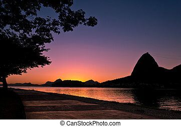 Sugarloaf Mountain Sunrise - Silhouette of Sugarloaf...