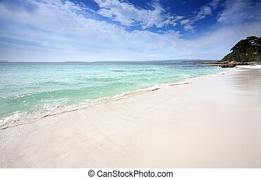 Beautiful beach in Jervis Bay, Australia - Beautiful...