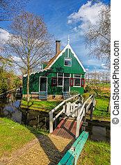 tradycyjny, Holenderski, dom, Z, kanał, Zamknięcie,...