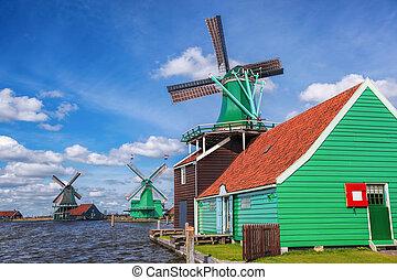 tradycyjny, Holenderski, wiatraki, Z, kanał, Zamknięcie,...