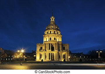 Chapel Saint Louis des Invalides, burial place of Napoleon...