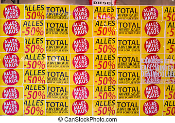 total sales at a store feschäft is closed a
