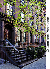 Brownstone townhouse - A residential New York, Philadelphia,...