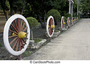 Wheel cart - Wooden wheel cart foe decorated in Thai temple...
